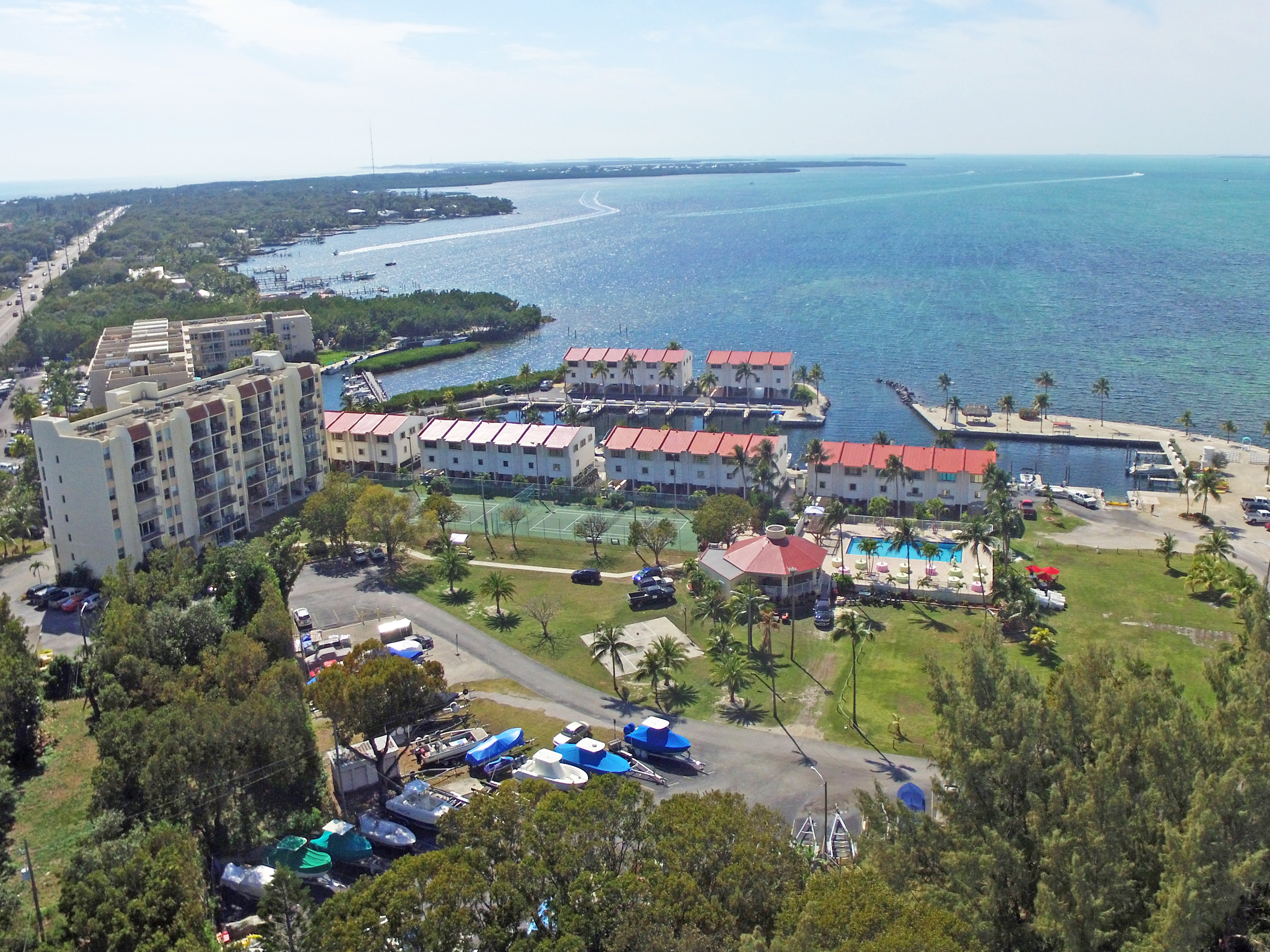Florida Keys Rentals Futura Yacht Club Islamorada